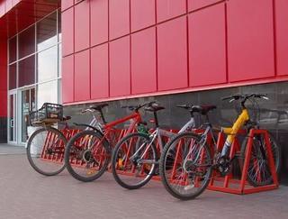 В Уссурийске появились парковки для велосипедов